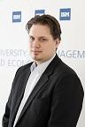 Foto Prof. Maik Hüttinger