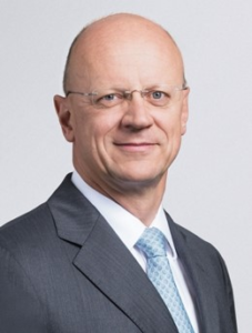 Prof. Dr. Ralf P. Thomas